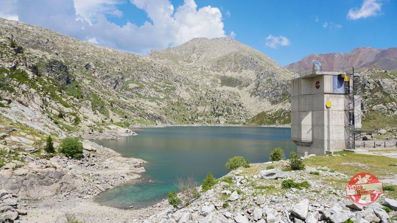 lago gento pirineo catalan